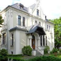 Immobilien-Verwaltungsgesellschaft Burg